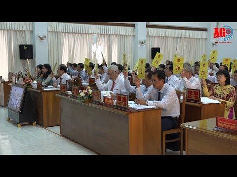 Kỳ họp thứ 6 HĐND tỉnh khóa IX thông qua 27 nghị quyết
