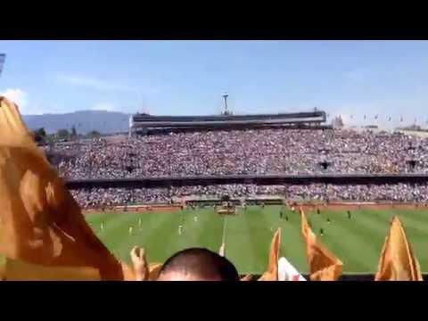 """Entrada de la Rebel - Pumas vs América J7 2015"" Barra: La Rebel • Club: Pumas"