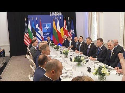 Ο Κυρ. Μητσοτάκης στο γεύμα που παραθέτει ο Πρόεδρος των ΗΠΑ