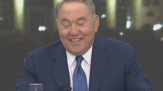 Назарбаев уверовал, что в Казахстане зарабатывают по 500 тыс. тенге. В Новый год без него