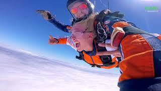 Прыжок с парашютом - самая доступная мечта!