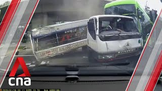 A video circulating on social media on Thursday (Jan 16) shows the moment a bus crashes into a turning lorry at the junction of Braddell Road and Bishan Road.  Read more: https://cna.asia/2QW3oO5  Subscribe to our channel here: https://cna.asia/youtubesub   Subscribe to our news service on Telegram: https://cna.asia/telegram  Follow us: CNA: https://cna.asia CNA Lifestyle: http://www.cnalifestyle.com  Facebook: https://www.facebook.com/channelnewsasia Instagram: https://www.instagram.com/channelnewsasia Twitter: https://www.twitter.com/channelnewsasia