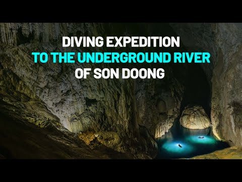 Diving expedition in underground river in Son Doong Cave