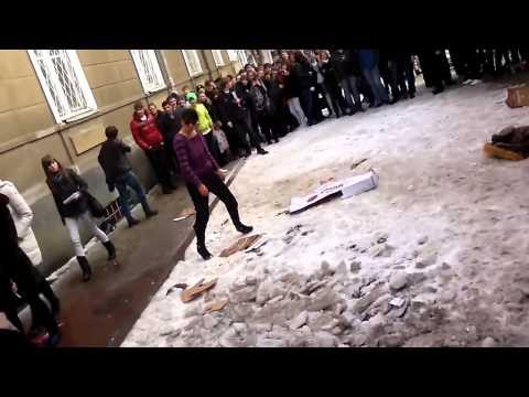 """Учительнице из Ставрополя студенты подмешали """"спайс"""" в сигареты"""