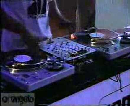 Justin Timberlake Beat Juggle by DJ Angelo @ PLASA UK 2003