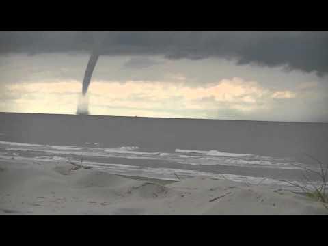 GPTV: Spectaculaire timelaps beelden Waterhoos Ameland