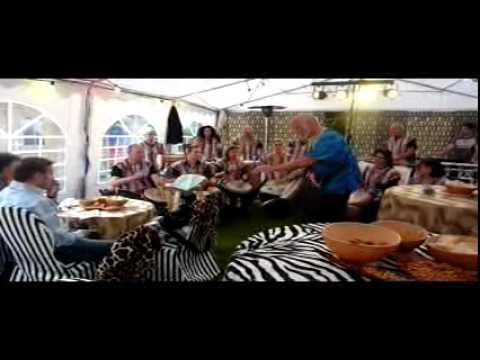 Nummer 2 van optreden Asawali op feest in Gennep