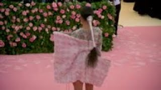 Billy Porter is carried into the Met Gala; Anna Wintour, Harry Styles, Ashley Graham, more arrive