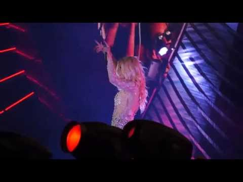 Kesha performing Tik Tok at Storm festival 2014, Shanghai