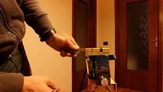 preview picture of video 'Cilindro europeo apri e chiudi in 45 sec. senza scasso'