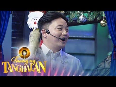 Tawag ng Tanghalan: Ryan Bang sends a text message to Danica Sotto