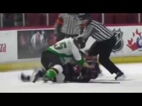 Zack Hayes vs Dakota Odgers