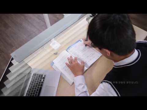 Trải nghiệm đèn kẹp bàn cảm ứng Broadwing K của hãng Prism Hàn Quốc