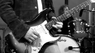 Matt O'Ree Band plays Jimi Hendrix's Izabella