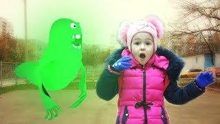 Видео для детей, машинки на пульте управления и Привидение (top 10 серия на KidsFM)  детский канал