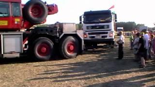 preview picture of video 'Győrszemerei Kamionos Találkozó 2011 - Kamion mentés, szállítás'