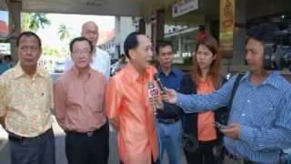 preview picture of video 'Chalee Kang-im, Health protector of Trang municipality people. Thailand'