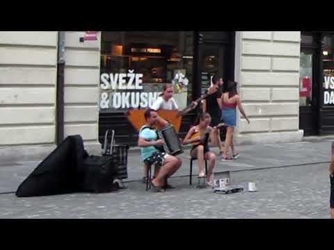Glasba v stari Ljubljani - Eine kleine Nachtmusik