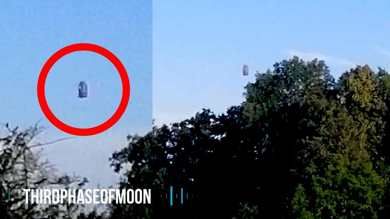UFO SPIKE! Broad Daylight Metallic BULLET UFO? TR3-B Over Neighborhood!