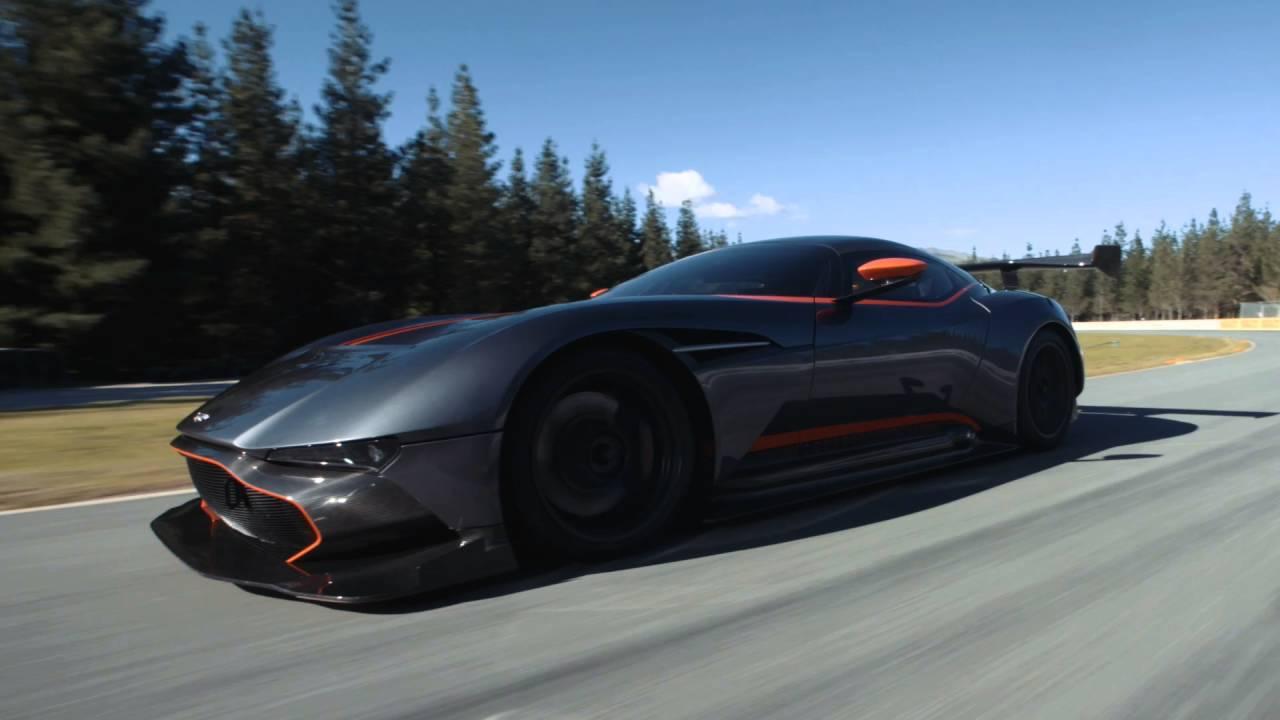 Watch Aston Martin's Vulcan Supercar Tear Up Highlands Raceway In New Zealand