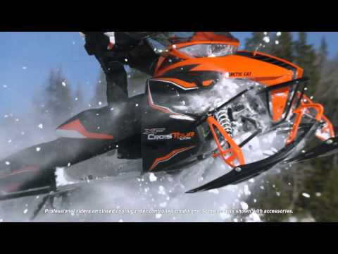 "2016 Arctic Cat XF 6000 137"" CrossTrek  ES in Francis Creek, Wisconsin"