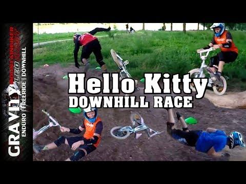 MTB Games #4 (Hello Kitty Downhill Race | Lustiges Parcours Rennen mit Kinderfahrrad) Leo Kast