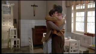 Zdivočelá země (2001) - Tonda Maděra se vrací domů z lágru