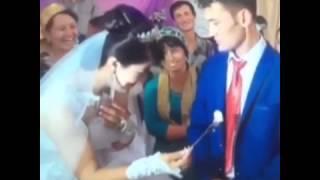 На свадьбе жених разозлился и не сьел торт