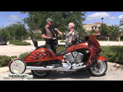 2012 Arlen Ness Victory Vision Rider Review and Comparison To Harley Davidson Ultra Glide