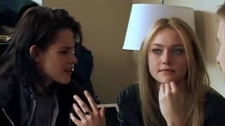 Popcorn: Kristen Stewart and Dakota Fanning