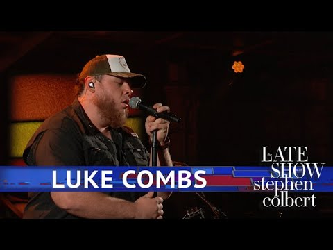 Luke Combs Performs 'One Number Away' Mp3
