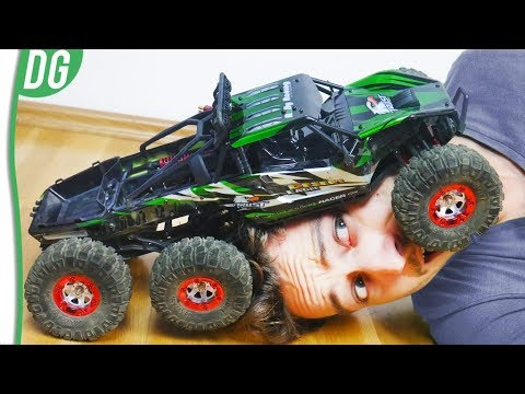 Best Cheap Brushless RC Car 2018 - 6 Wheel Drive - FEIYUE FY06 Review