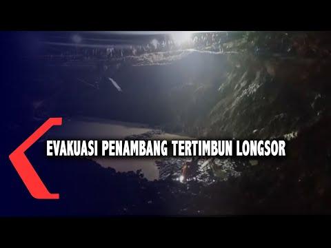 Evakuasi Penambang Tertimbun Longsor