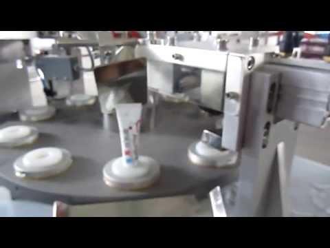 Yeast pigment spots