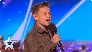 Calum Courtney takes on ICONIC Michael Jackson song | Auditions Week 1 | Britain's Got Talent 2018 - Video Youtube