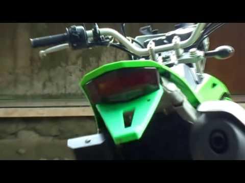 Video tampilan stoplamp tail light 3 in 1 di new kawasaki klx 150 2017 | INDONESIA
