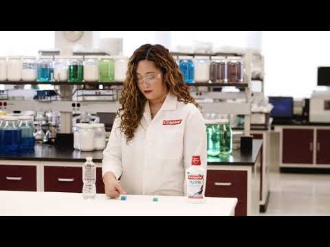 Colgate® Hydris™ Oral Rinse - Locks In Hydration...