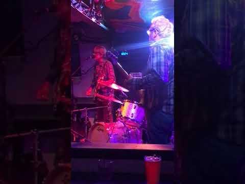 01 Mike Watt & The Missingmen - Santa Cruz Moe's Alley Sept 19 2019