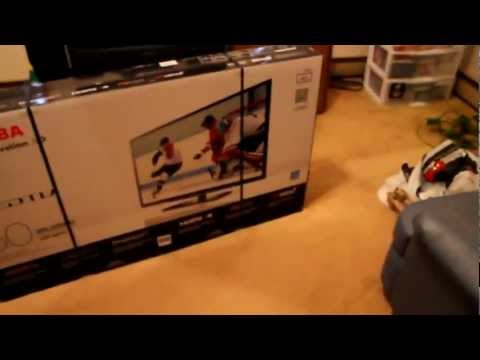 Black Friday 50 inch Toshiba 50l2200u unboxing from sears part 1