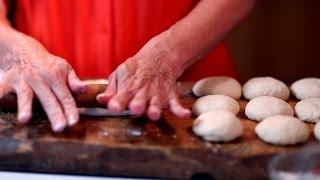 How to Make Flour Tortillas (Como Hacer Tortillas de Harina) | Muy Bueno