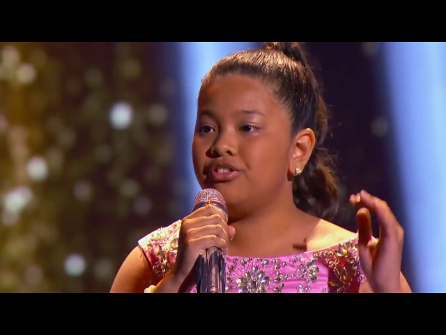 Download Free Menina Filipina Impressiona Cantando Chandelier Sia ...