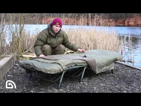 Trakker BIG SNOOZE + WIDE BED COVER - Ágytakaró széles (Big Snooze) videó