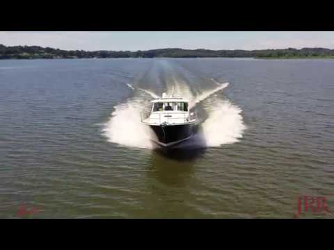 Sabre 45 Salon Express video