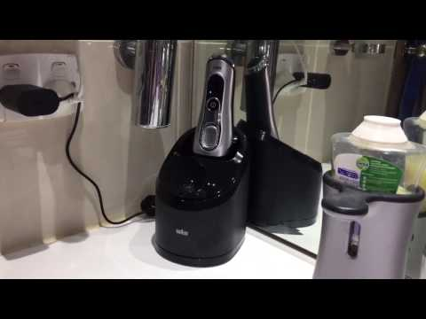 Braun Series 9 9290cc - Cleaning Demo