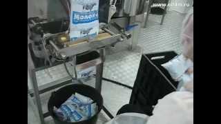 Молочный мини-завод. Работа автомата розлива молока ИПКС-042(Н)