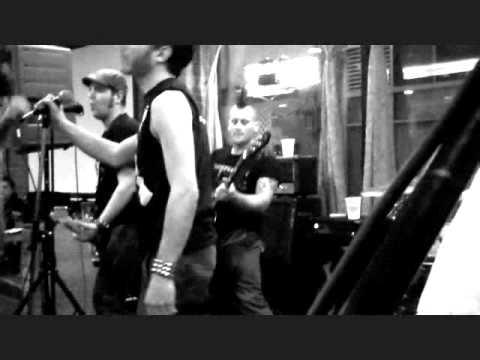 "Dead Aces - ""Judy Is A Punk/R.A.M.O.N.E.S."" (Ramones covers) - Cambridge, MA 10/24/10"