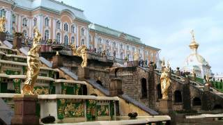 St. Petersburg (1): Peterhof, Isaakskathedrale, Blutskirche, Bootsfahrt