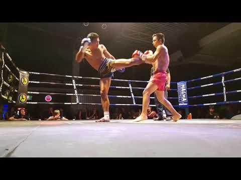 Бой в Таиланде с тайцем, на 10 кг больше меня