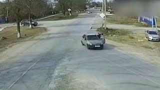 В Республике Крым участковый уполномоченный полиции, рискуя жизнью, остановил нетрезвого водителя