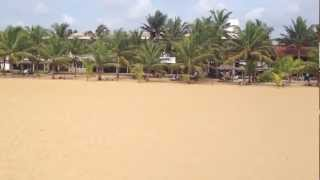 preview picture of video 'Guided tour in Negombo Beach - beach and town, 2013'
